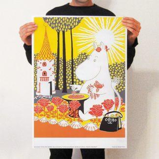 Moominmama Picking Berries Print